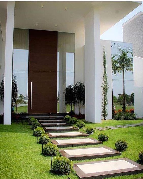 Dise o de jardines para casas conoce las tendencias 2018 for Diseno de entradas principales de casas