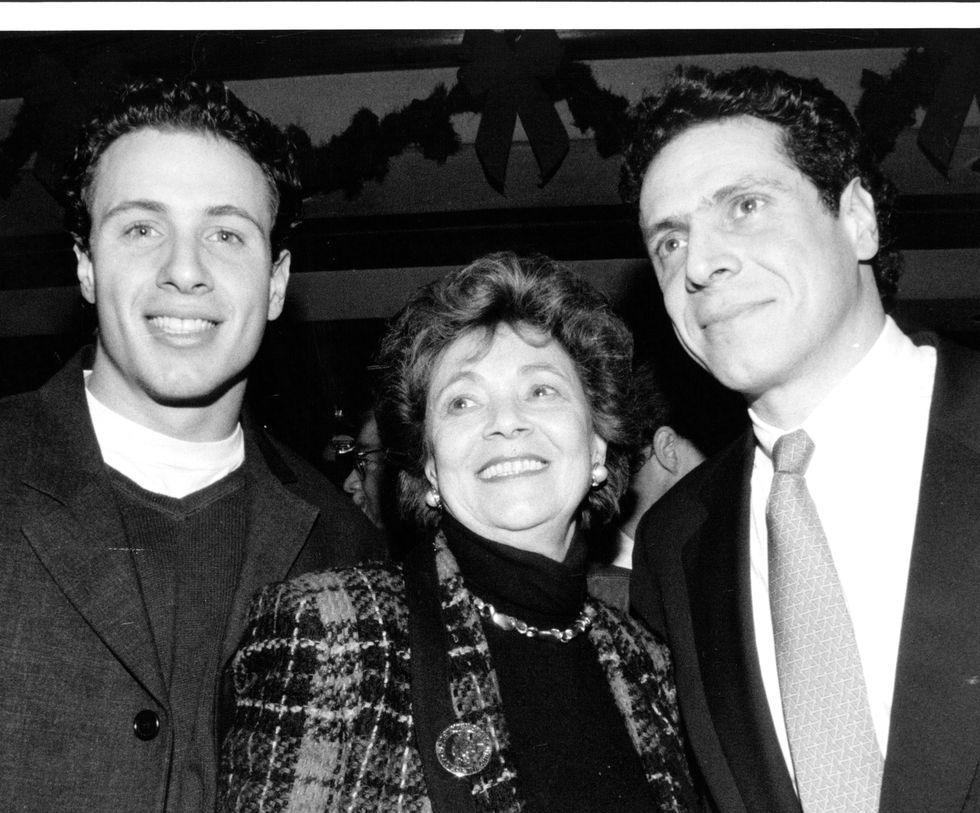 Chris Cuomo Jokingly Called Out His Brother S Ill Fitting Jacket On Live Tv In 2020 Chris Cuomo Andrew Cuomo Chris