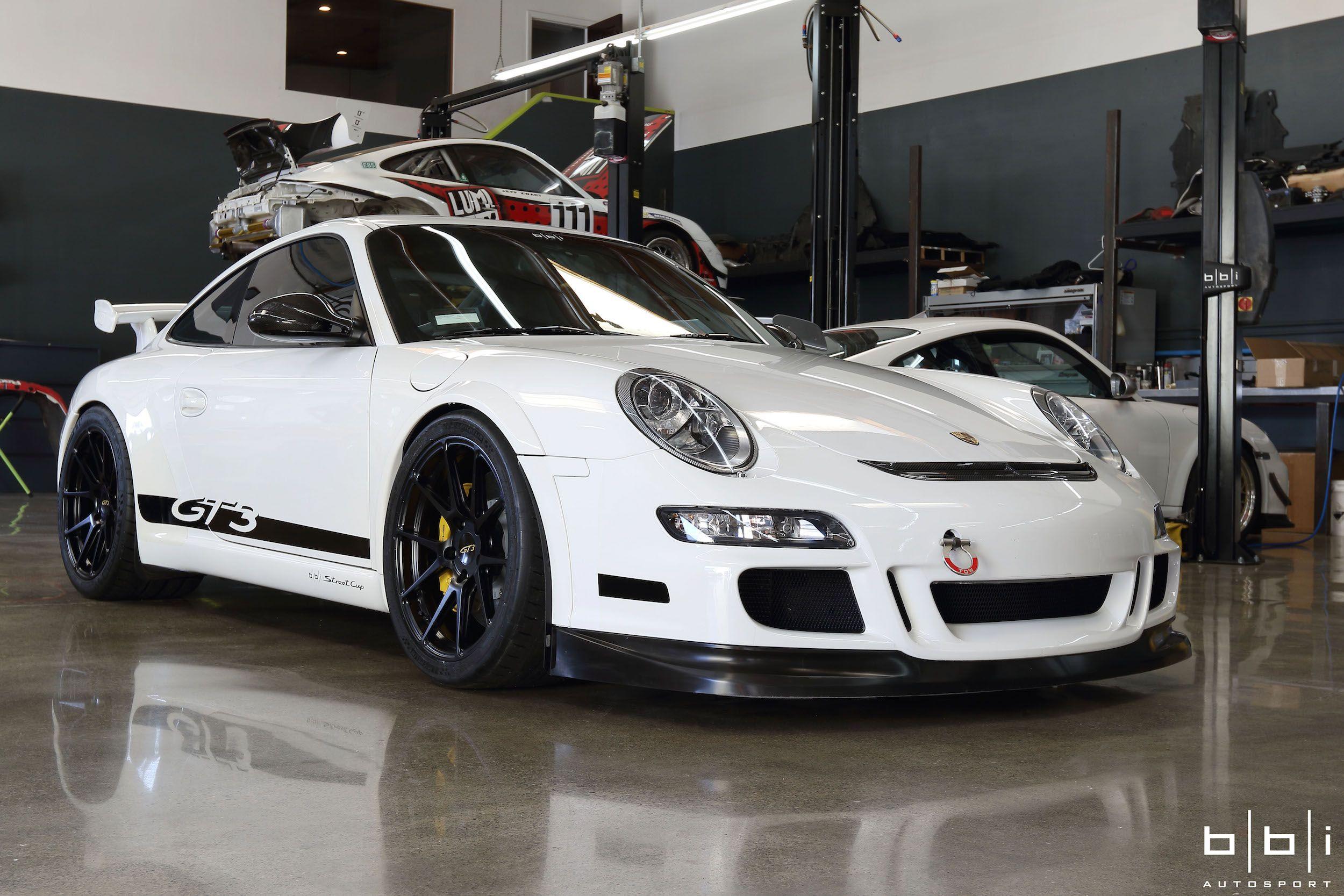 Porsche 911 Project Bull Dog By BBi Autosport
