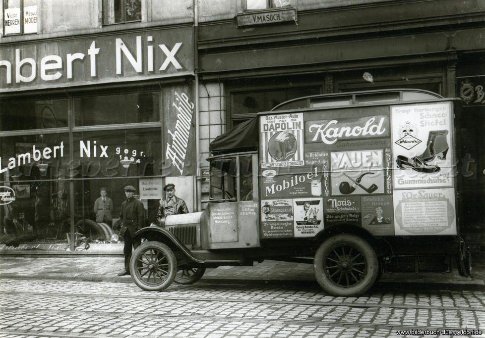 563f9a5d3ebc19 Düsseldorf Oberkassel 1920 Note Lambert Nix on window - my wife s maiden  name Kleintransporter