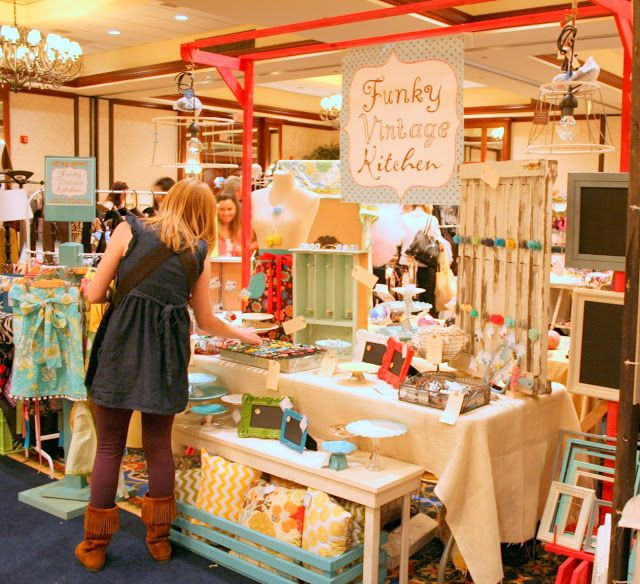Vintage Craft Booth Note The Red Frame To Showcase