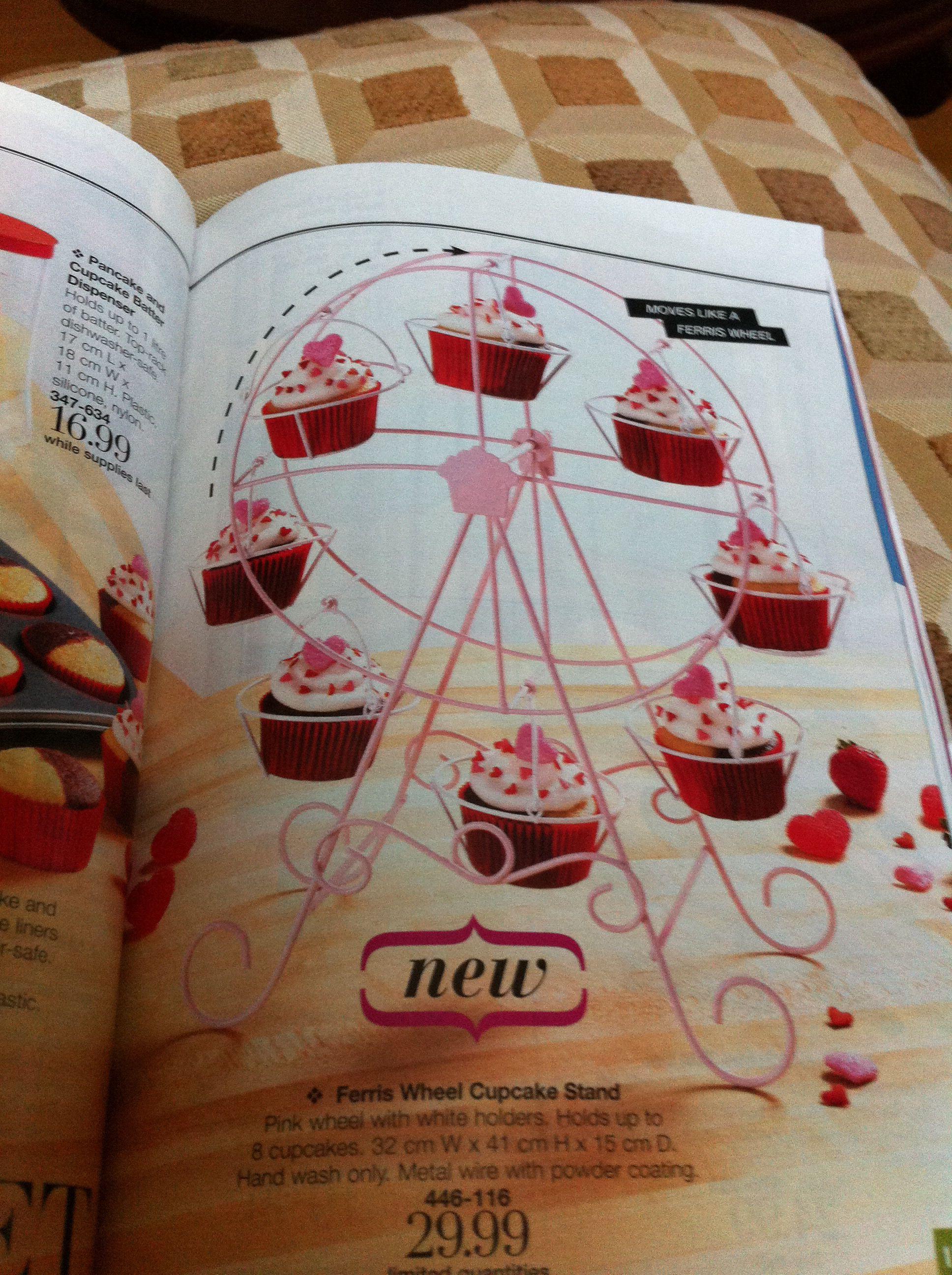 Cupcake holder Ferris wheel