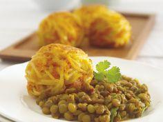 Möhrenbällchen mit Linsen | Kalorien: 421 Kcal - Zeit: 1 Std. 30 Min. | http://eatsmarter.de/rezepte/moehrenbaellchen-mit-linsen