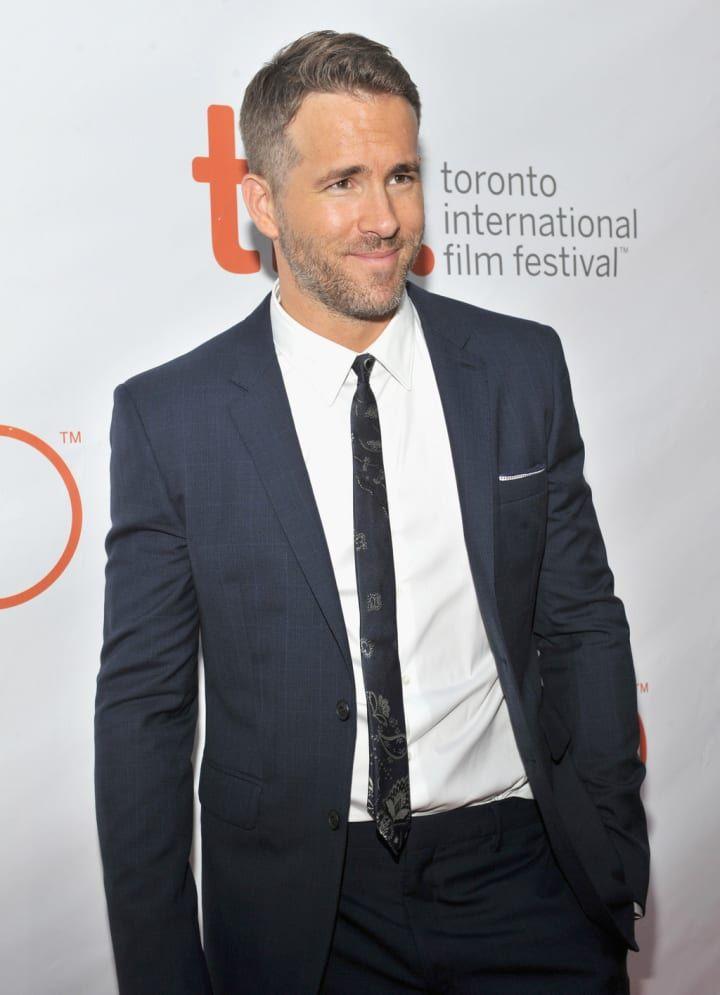 Ryan Reynolds Gay or Straight: Gay Proof - He Loves