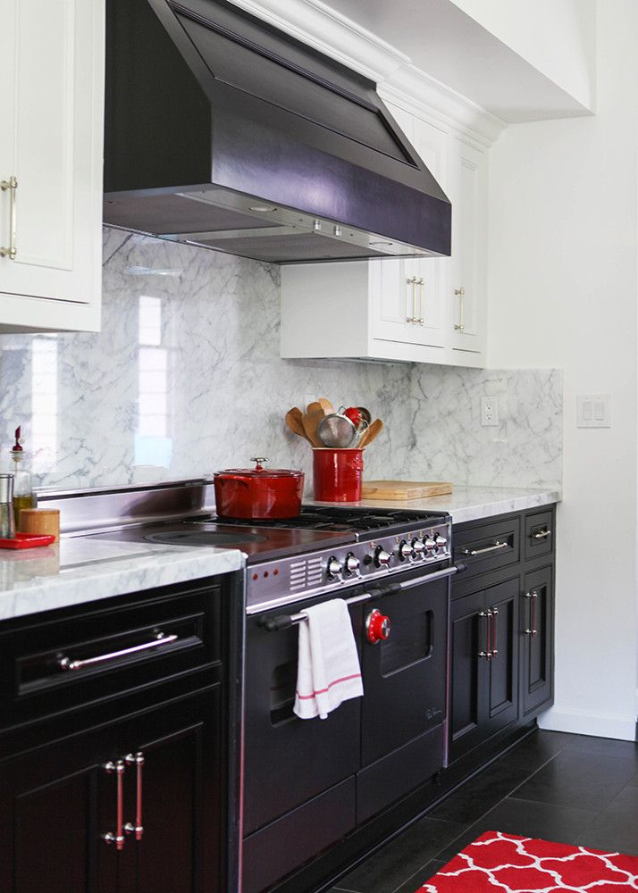 black kitchen cabinets with white marble countertops. Kitchen Lesson: Farmhouse French - Lonny. Contrasting Cabinets With White Marble Countertops. Black Countertops