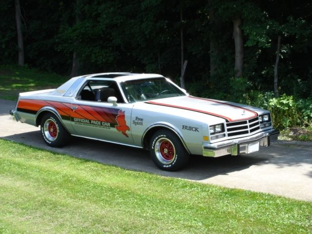 1976 Buick Century Free Spirit Indy 500 Pace Car Replica right front