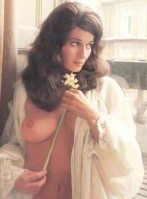 Stephanie Beacham (born 1947) nude (24 images) Feet, 2016, cleavage
