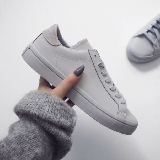 Shoes  sneakers grey grey sneakers minimalist minimalist grey sweater nail  polish leather sneakers 7f0037bc2ef7