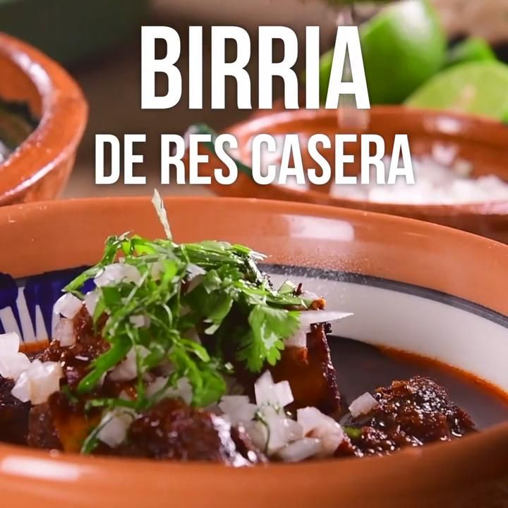 Video de Birria de Res Casera