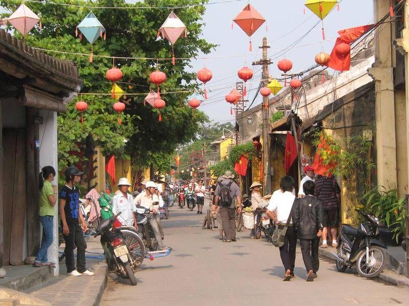 In der charmanten Altstadt von Hoi An können Sie Vietnam ganz authentisch erleben: http://www.itravel.de/Vietnam/Vietnam---Im-Land-des-aufgehenden-Drachens/5403/?utm_source=Pinterest&utm_medium=Socialmedia&utm_campaign=Pinterest