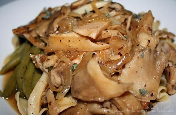 Hen Of The Woods With Chicken and Herbs | Recipe | Wild ...