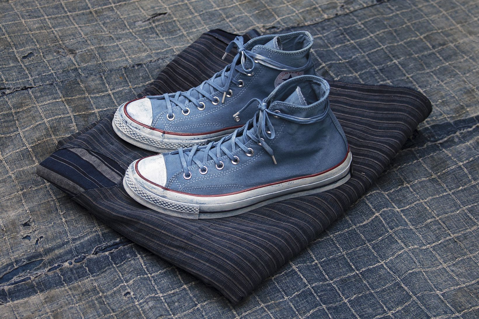 beb4c2b1d9ce Converse Goes Dutch With an Indigo-Hued Tenue De Nîmes Collaboration ...