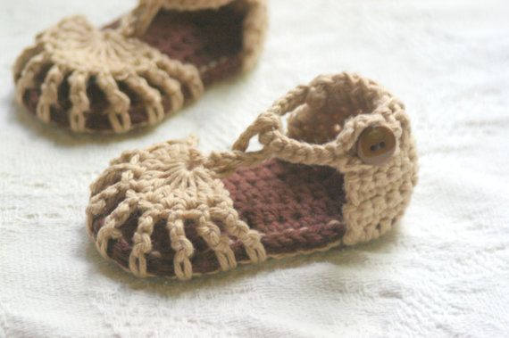 TwoGirlsPatterns Patrón botines del Bebé del ganchillo Simplemente ...