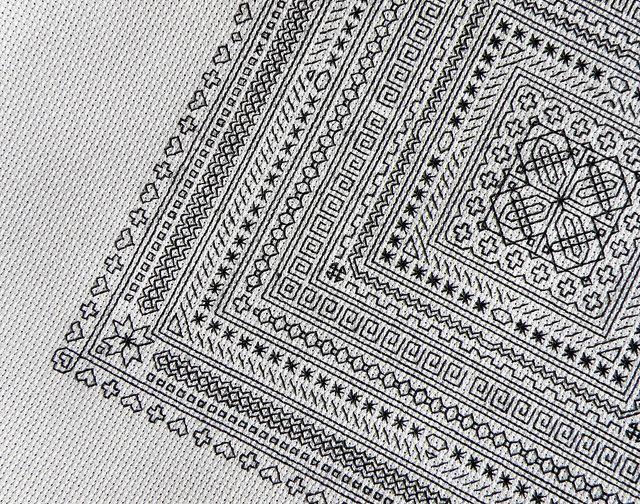 Blackwork detail | Bordados varios. | Pinterest | Puntos de bordado ...