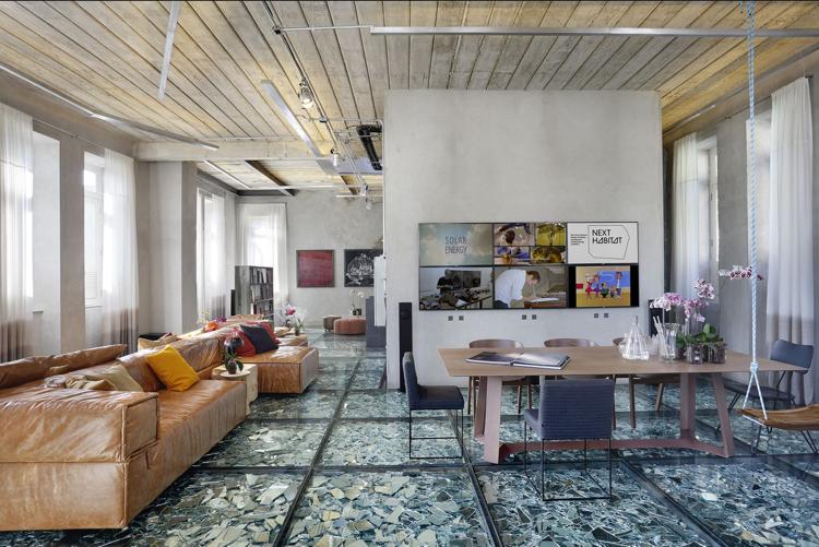 Wohnideen Wohnzimmer Fußboden design fußboden aus spiegelscherben in einem exklusiven raum
