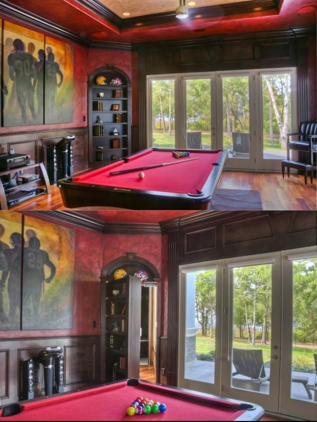 Luxury bunkers and secret passages of the wealthy - NY Daily News: Secret Room,