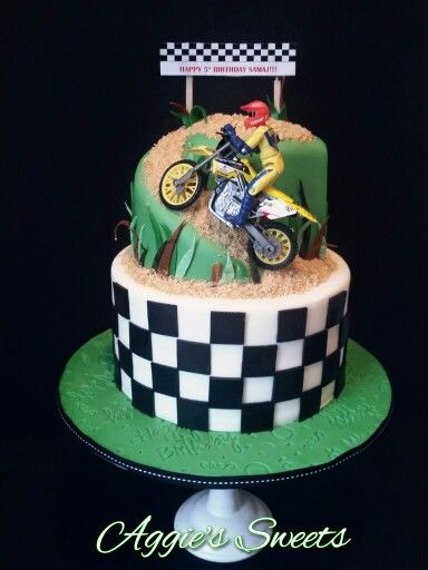 Super Dirt Bike Cake With Images Dirt Bike Cakes Dirt Bike Birthday Funny Birthday Cards Online Alyptdamsfinfo