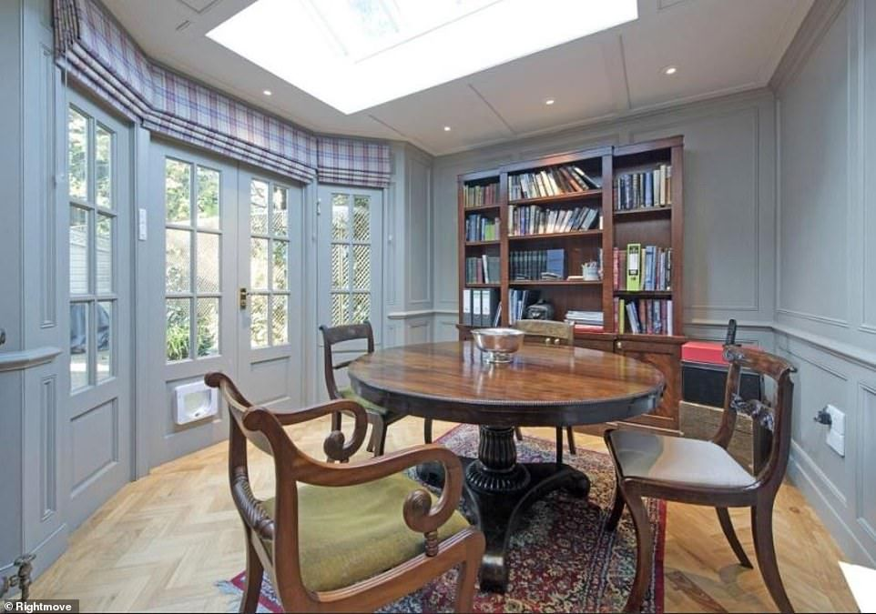 Sarah Beeny Lists London Mansion For Sale At 3 5 Million London Mansion Mansions For Sale London House
