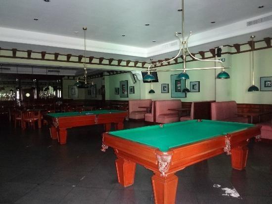 Valentin Imperial Maya: Sport Bar. Sports BarsPool TableRiviera MayaMexico Bumper ...