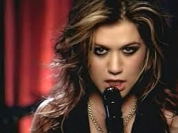 Kelly Clarkson Since U Been Gone Official Video Youtube Kelly Clarkson Best Karaoke Songs Clarkson