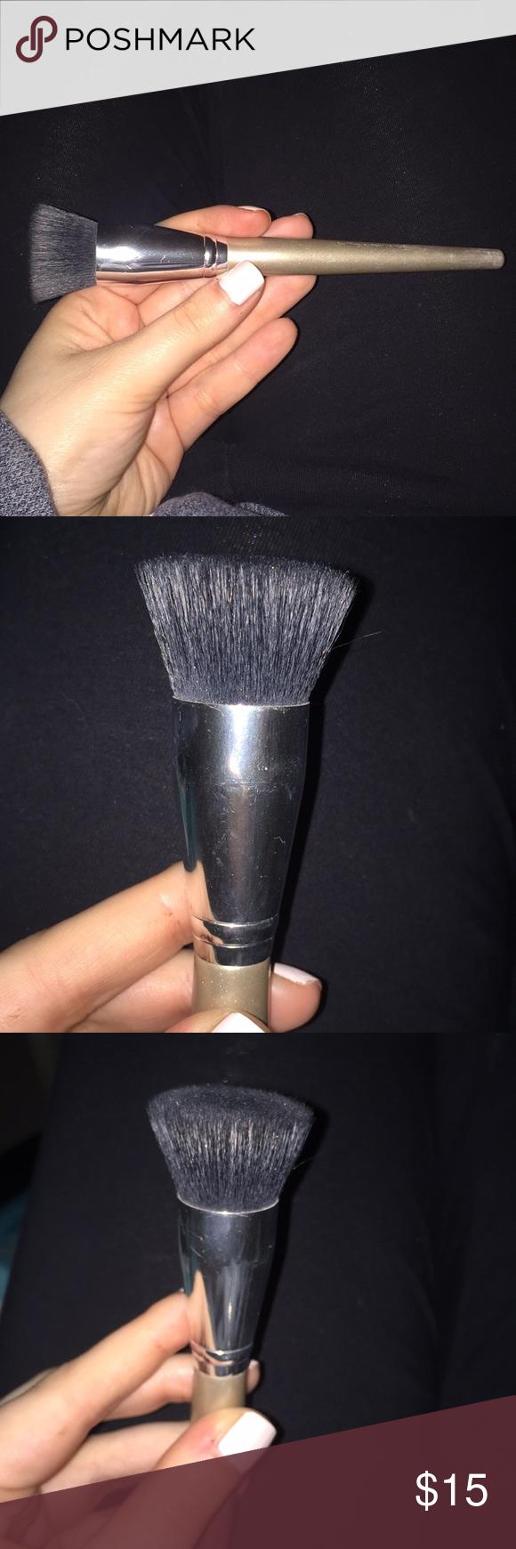 Make up Buffing brush from Sephora Full size buffing brush