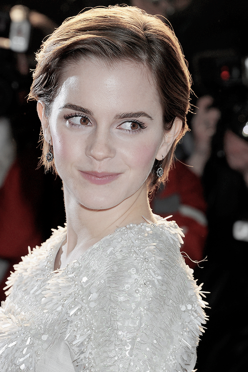 """vivehermione """"Sightly Emma Watson """" (With images) Short"""