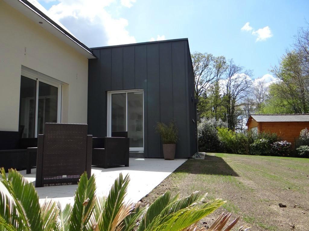 extension de maison en bois avec bardage chiffrez votre. Black Bedroom Furniture Sets. Home Design Ideas