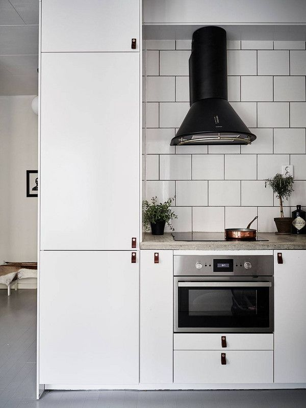 Can You Spot the Ikea Pieces In These Spaces? - kleine küchenzeile ikea