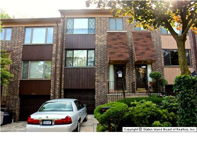 278 Grasmere Dr - condo for sale in Grasmere, Staten Island