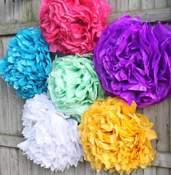 DIY Giant Tissue Paper Flowers - Gina Michele #giantpaperflowers