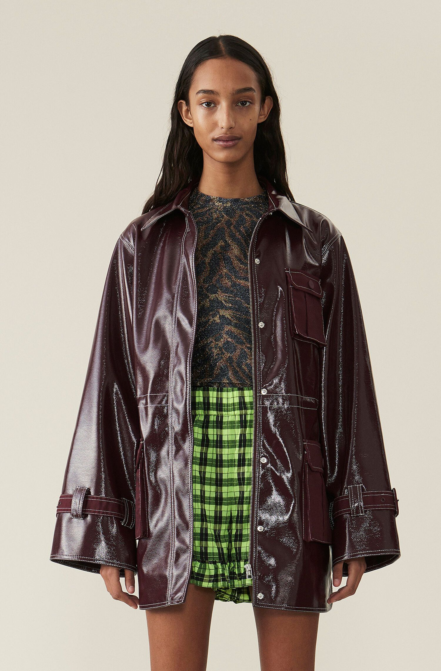 Oversized Patent Shirt Jacket Featuring Ganni Logo Buttoned Down Fastening At The Front The Jacket Features Utility Detailing An Jackets Shirt Jacket Fashion [ 2283 x 1500 Pixel ]