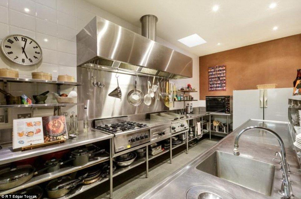 Once a fire station, now a stunning $3MILLION Melbourne home | Food ...