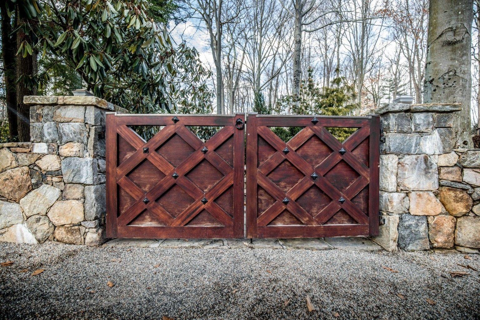 ангелом-хранителем эскизы деревянных ворот фото хризантемы более