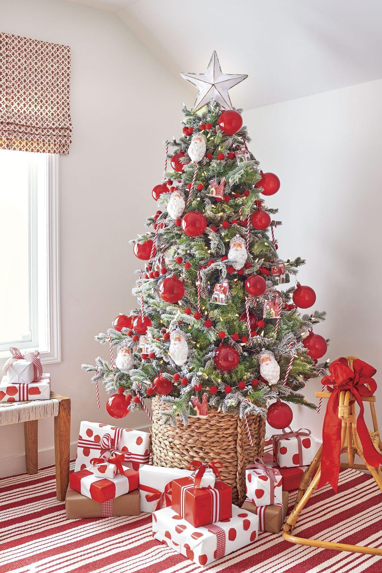 40 Christmas Tree Decoration Ideas And Christmas Trees Photos In 2020 Christmas Tree Christmas Tree Inspiration Christmas