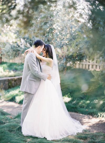 10 Acoustic First Dance Songs | Black books, Acoustic and Wedding