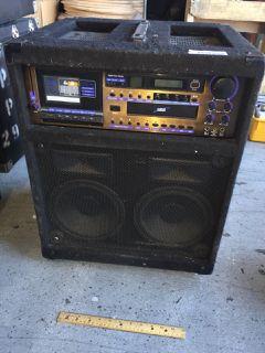 VOCOPRO CDG-600RF DIGITAL KEY CONTROL CD/CD+ G/CASSETTE KARAOKE AMPLIFIER 24H X 19W X 17D