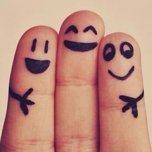 Imagen de fingers, friends, and smile | fingers | How are
