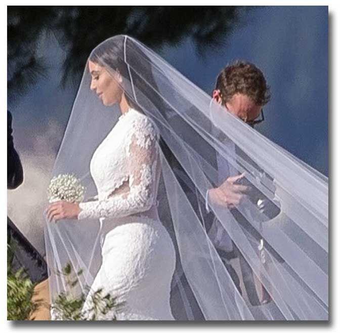 Kim kardashian west flowing wedding veil lovely crowns pinterest kim kardashian west flowing wedding veil junglespirit Choice Image