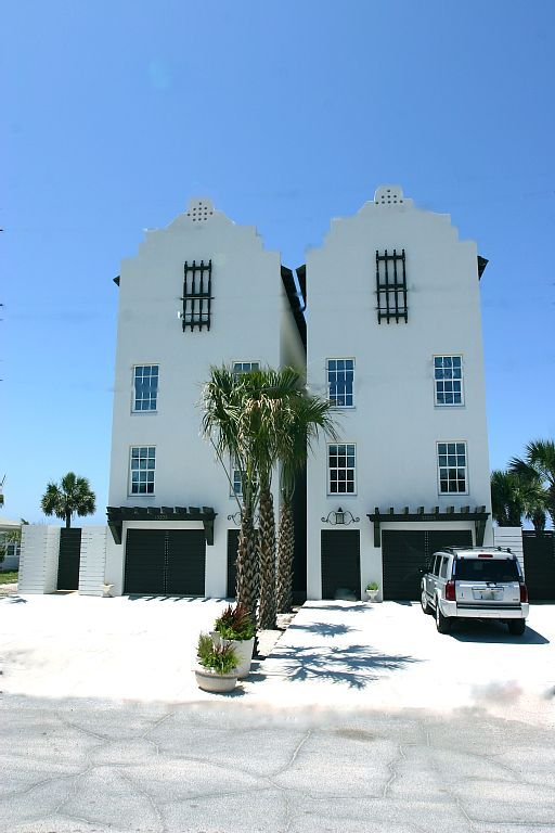 9 Bedroom9 Bath Gulf Fronthome Sleeps 32 People Weddings Family Reunions Panama City BeachVacation RentalsVacations