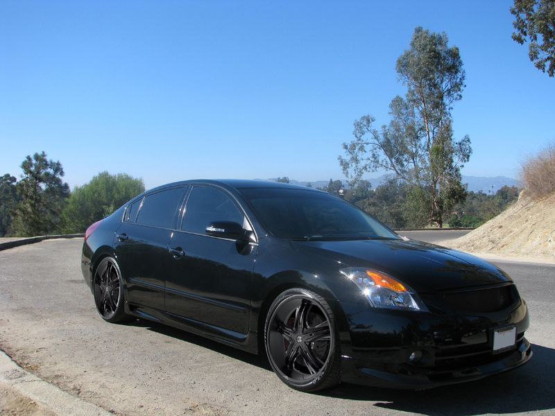Nissan Altima with Black Rims Find the Classic Rims of Your Dreams - www.allcarwheels