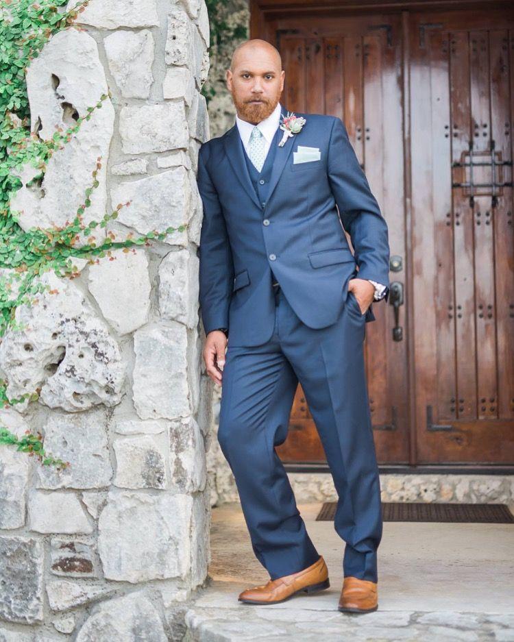 Rancho Mirando Sarah Siller photography Groom suit Navy suit ...