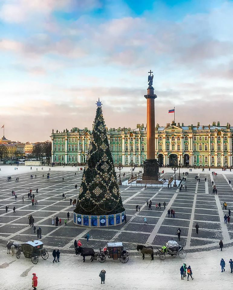 Saint-Petersburg | Christmas in the City | Pinterest | Moscou et Noël