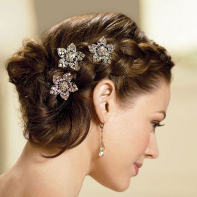 Reception Table Idea Words Of Love Braid Hairstyles - Bun hairstyle for reception