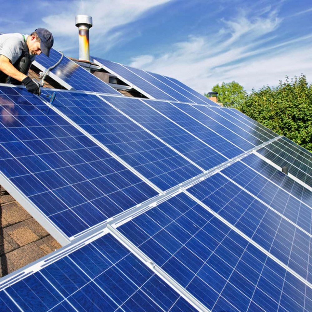 The 7 Things Solar Panel Makers Don T Want You To Know Solar Panels Solar Panel Cost Solar Panel Installation
