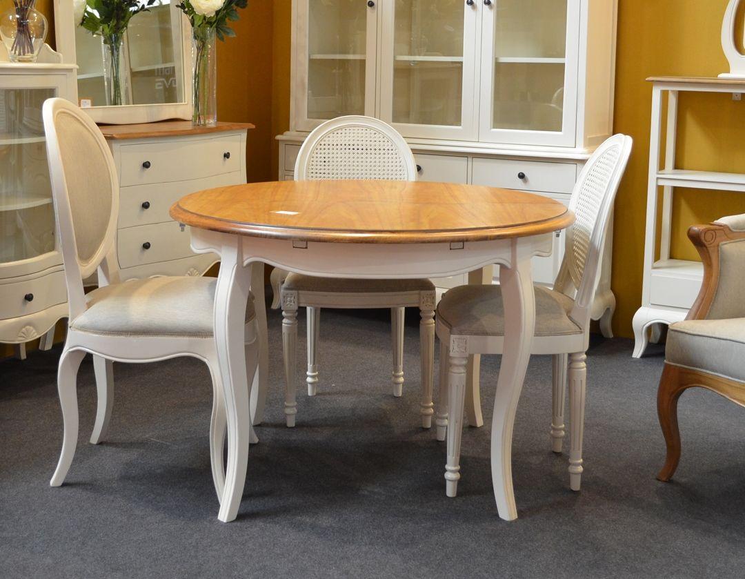 Comedor par s de bamb blau de estilo cl sico franc s for Mesa comedor redonda extensible madera