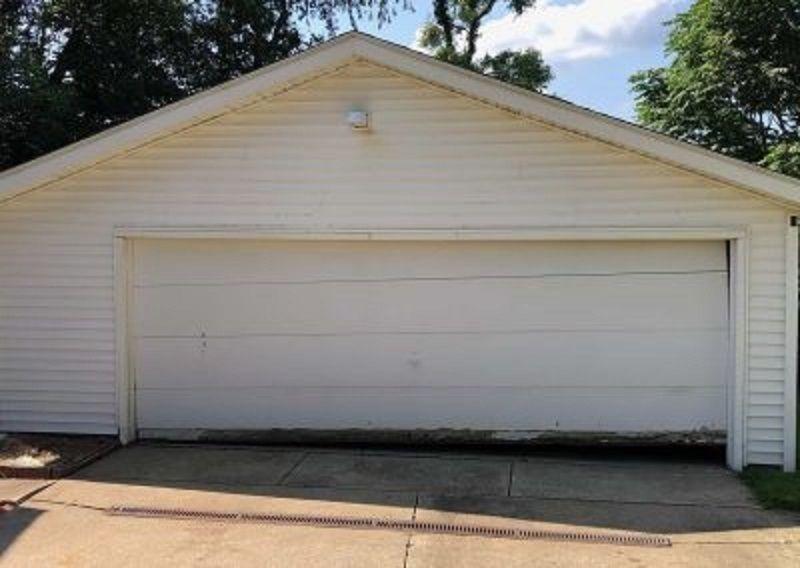 Garage Door Repair Akron In 2020 Garage Door Opener Installation Garage Service Door Broken Garage Door Spring