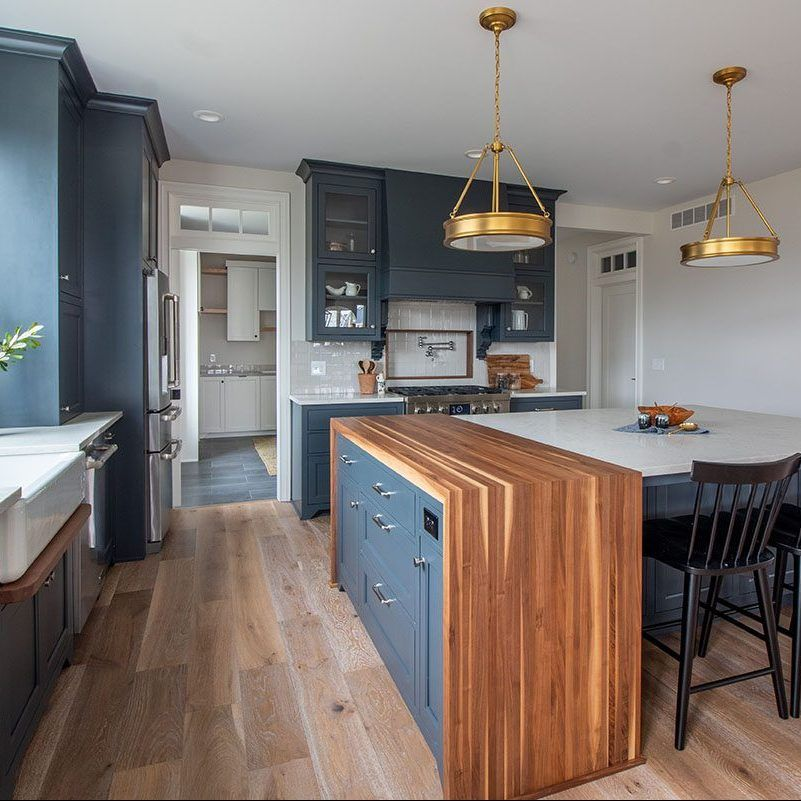 Navy Farmhouse Kitchen - Kenowa Builders in 2021 ...