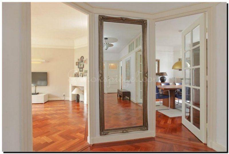 Design Spiegel Hal : Geef de hal meer ruimte door op een blinde muur een grote spiegel