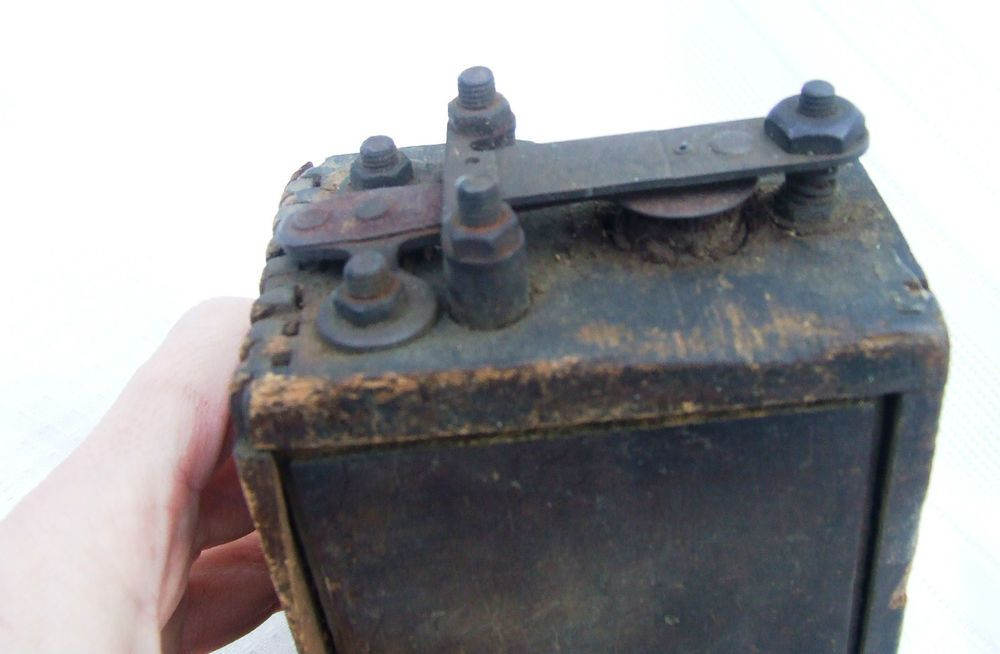 Vintage Ford Model T Model A Ignition Coil Battery Wood Box