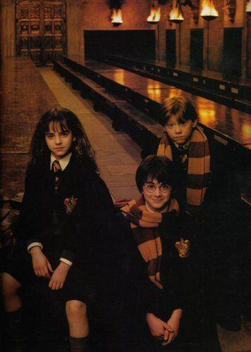 Anichu90 Photo Emma Watson Harry Potter And The Philosopher S Stone Promoshoot 2001 Harry James Potter Emma Watson Harry Potter Harry Potter Pictures